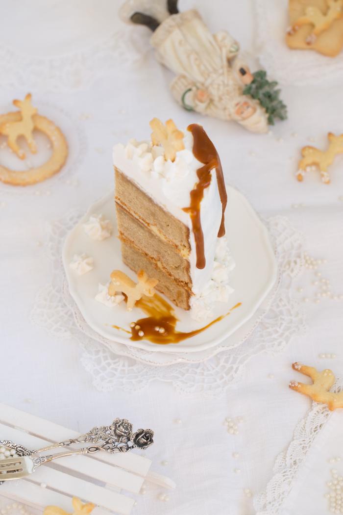 Eierlikör Torte mit gebräunter Butter, Safran, Karamell