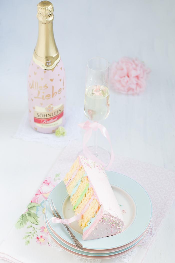 Swiss Meringue Butterceme Cake