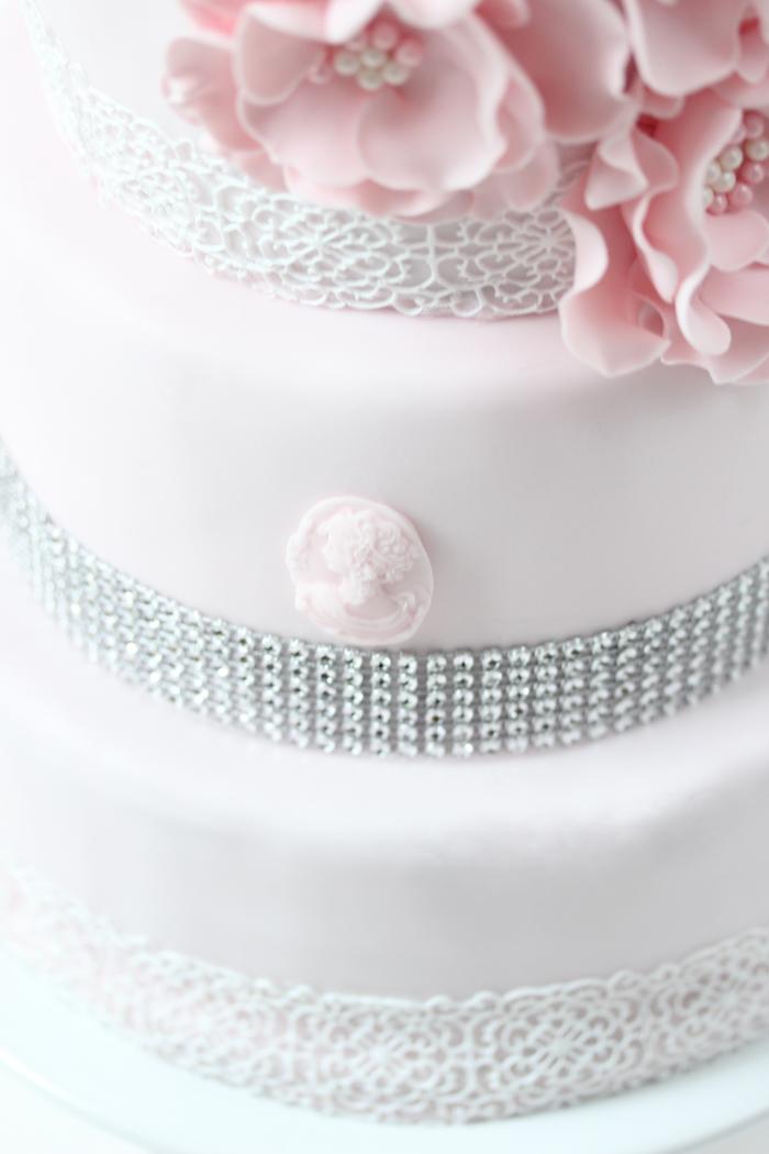 Hochzeitstorte {rosa Träumchen}