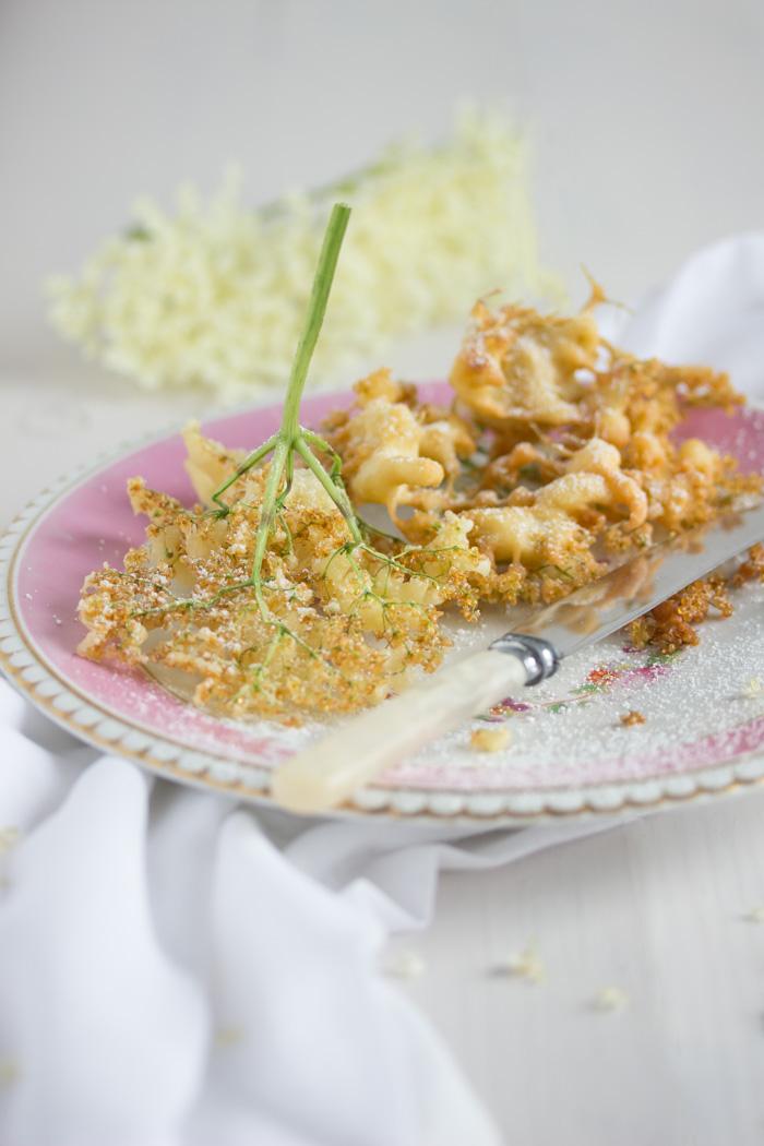 Gebackene Holunderblüten mit Vanilla