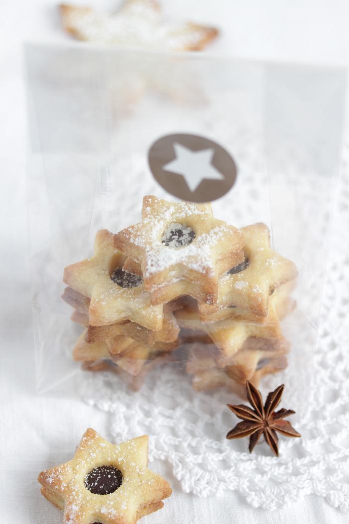 Kardamom Cookies gefüllt mit einer Fleur de Sel Ganache