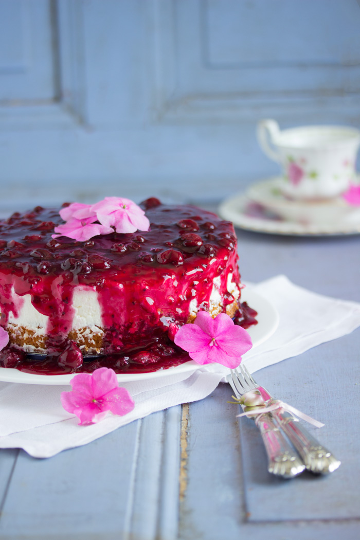 Rote Grütze Kuchen (optimistischer Sommerbeitrag)