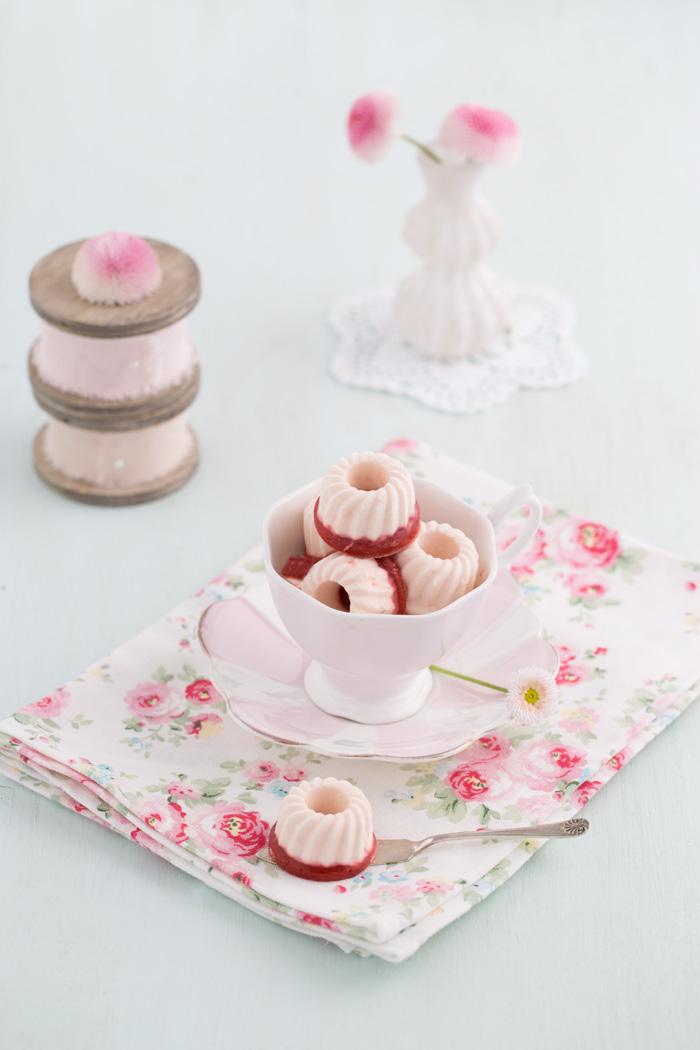 Frischkäse – Erdbeer – Eispralinen