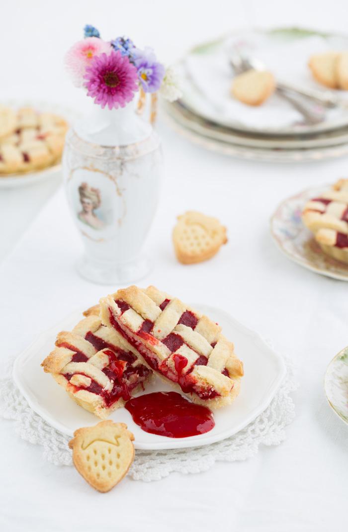 Mini Crostata mit Erdbeerkompott