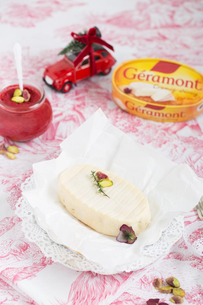 Mini-Bagel mit rote Beete-Pesto & Géramont-Weichkäse