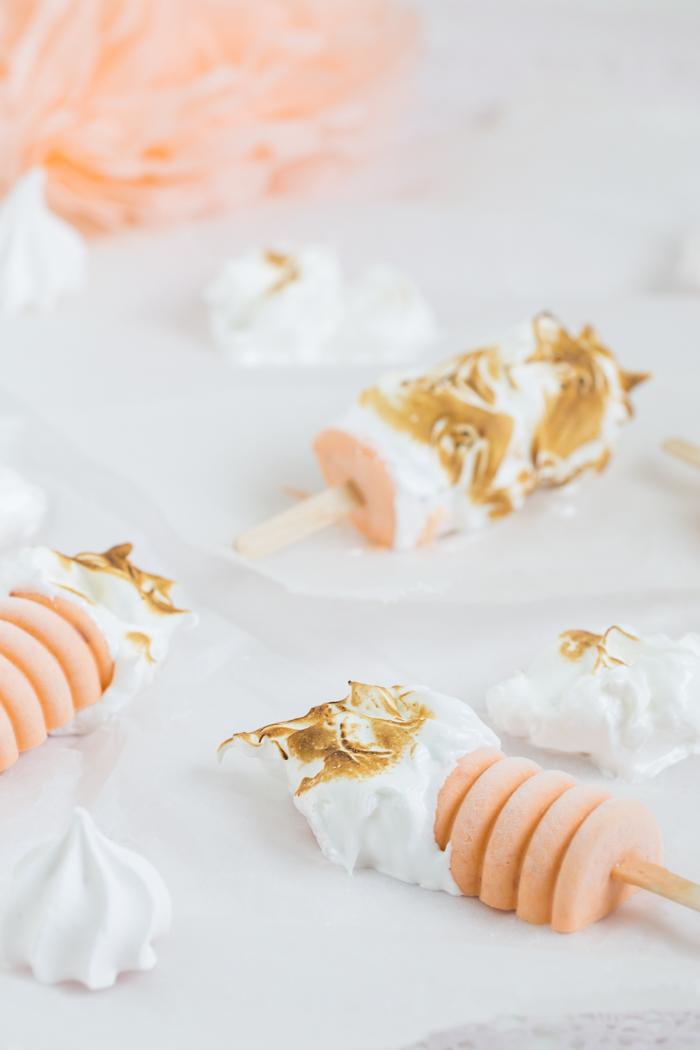 Aprikosen Popsicles mit Meringue