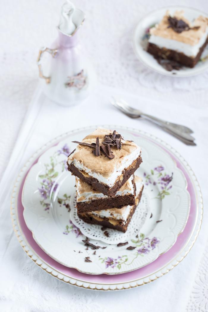 Schokoladen Brownies mit Baiser