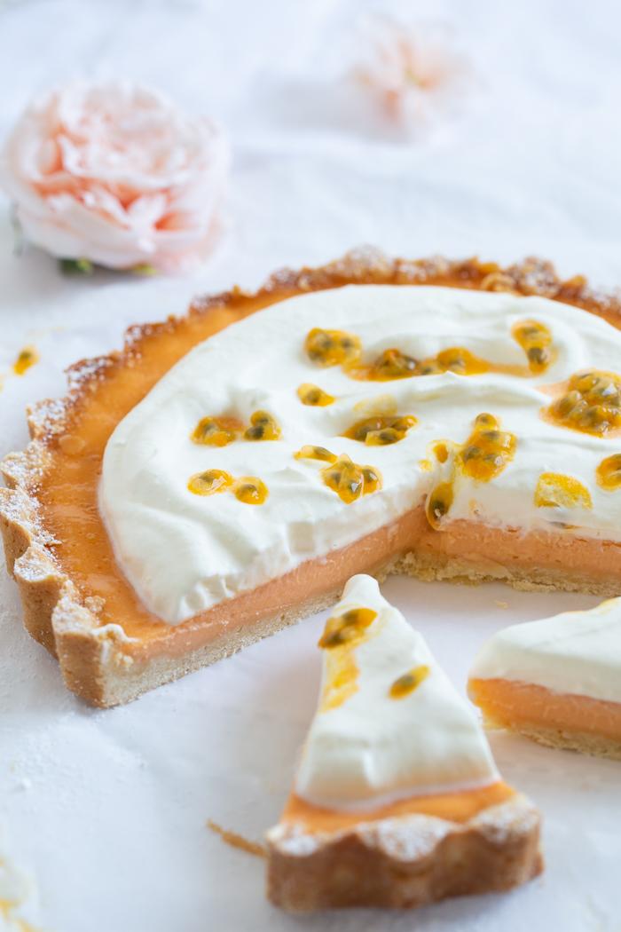 Orangen-Passionsfrucht-Tarte