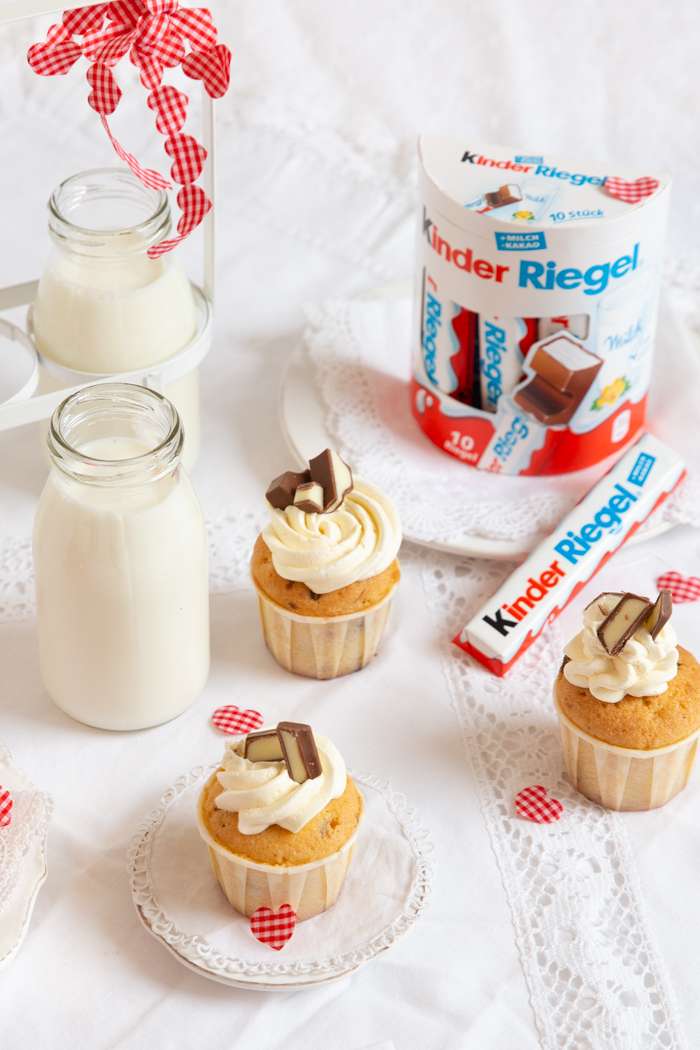 Kinder Riegel Mini Cupcakes Mit Feiner Swiss Meringue Buttercreme