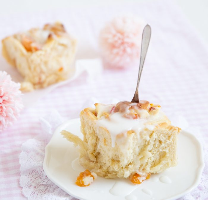 Aprikosen-Frischkäse-Schnecken oder die leckersten Cheesecake Rolls der Welt