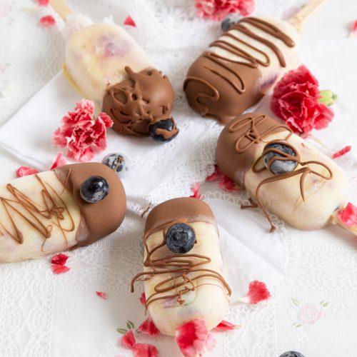 Blaubeereis mit Schokolade