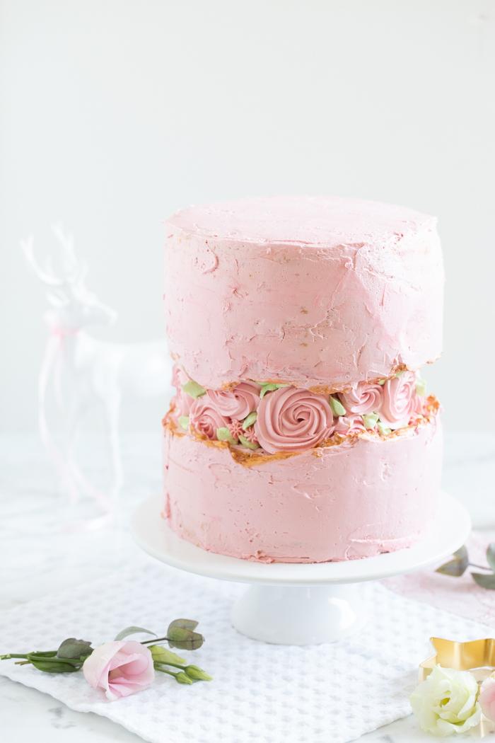 "Fault Line Cake mit ""Mangaroca Batida de Côco"""