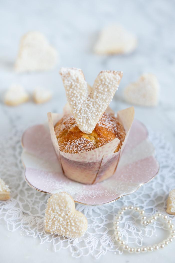 Rum Rosinen Muffins mit L O V E Cookies